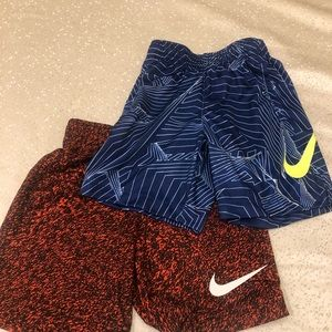 2 pairs of Nike 3T dry fit toddler shirt